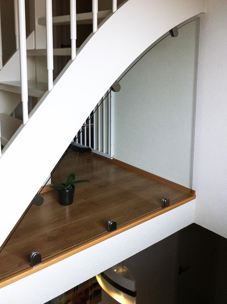 Maatwerk Balustrade in woonhuis met doorvalbeveiliging Venlo
